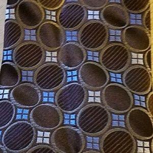 "Michael Kors Blue/Brown/Cream Dot Tie! 60'x3"""